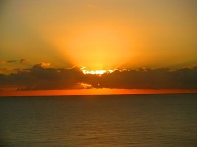 sunrise-978114_640